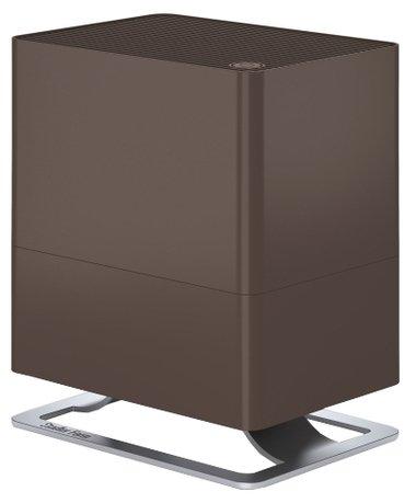Увлажнитель традиционный Oskar little bronze (2.5 л), 24.6х29х17.5 см, бронзовыйУвлажнители и Очистители воздуха<br>В компактной модели Oskar простой и лаконичный дизайн удачно сочетается с функциональностью и удобством. Этот компактный увлажнитель воздуха быстро повысит уровень влажности в помещении и хорошо впишется в любой стиль интерьера. Благодаря наличию фильтра с ионами серебра Silver Cube &amp;trade; прибор не только эффективно увлажняет воздух, но и очищает его от загрязнения. Увлажнитель может работать в нескольких режимах скоростей, а также предусмотрен ночной режим, в котором он работает практически бесшумно. В специальный отсек можно помещать аромо-масла, которые распространят по комнате ваш любимый аромат. Увлажнитель оснащен функцией автоотключения.     Характеристики:   Для небольших комнат до 30 м  Размер комнаты (ДО ) 30 м / 75 м   Высота: 29 см  Ширина: 24.6 см  Глубина: 17.5 см  Мощность: 6 - 15 Вт  Емкость резервуара: 2.5 л  Испаритель выход (ДО ) 200 г / ч  Звуковой уровень: 26 - 39 дБ (А)<br>