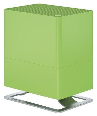 Увлажнитель традиционный Oskar little lime (2.5 л), 24.6х29х17.5 см, лаймУвлажнители и Очистители воздуха<br>В компактной модели Oskar простой и лаконичный дизайн удачно сочетается с функциональностью и удобством. Этот компактный увлажнитель воздуха быстро повысит уровень влажности в помещении и хорошо впишется в любой стиль интерьера. Благодаря наличию фильтра с ионами серебра Silver Cube &amp;trade; прибор не только эффективно увлажняет воздух, но и очищает его от загрязнения. Увлажнитель может работать в нескольких режимах скоростей, а также предусмотрен ночной режим, в котором он работает практически бесшумно. В специальный отсек можно помещать аромо-масла, которые распространят по комнате ваш любимый аромат. Увлажнитель оснащен функцией автоотключения.     Характеристики:   Для небольших комнат до 30 м  Размер комнаты (ДО ) 30 м / 75 м   Высота: 29 см  Ширина: 24.6 см  Глубина: 17.5 см  Мощность: 6 - 15 Вт  Емкость резервуара: 2.5 л  Испаритель выход (ДО ) 200 г / ч  Звуковой уровень: 26 - 39 дБ (А)<br>
