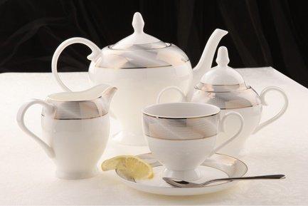 Чайный сервиз Платина на 6 персон, 15 пр.Чайные сервизы<br><br><br>Серия: Платина<br>Состав: Чашка (270 мл) - 6 шт., Блюдце, 15 см - 6 шт., Чайник (1.1 л), Сахарница (0.37 л), Молочник (0.3 л)