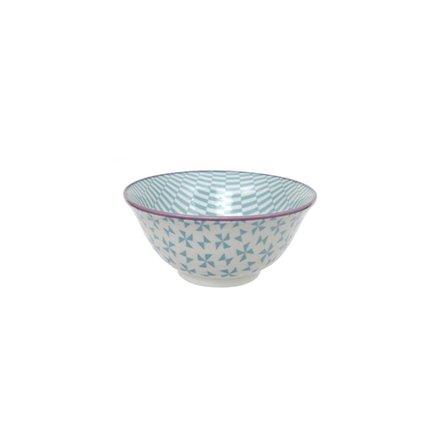 Чаша Tokyo Design Geometric Eclectic, голубая, 15x6.8 смСалатницы, Супницы<br>Фарфоровая чаша небольшого диаметра не только красива, но и довольно практична и удобна. Ее предназначение – порционная подача салатов и закусок. Также она может использоваться как пиала для индивидуальной подачи каш, супов или лапши или общих закусок и салатов, которые сервируются маленькими порциями.<br><br>Серия: Geometric Eclectic