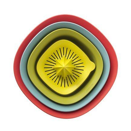 Набор салатников, 4 шт.Салатницы, Супницы<br><br><br>Состав: Салатник (3.2 л) - 1 шт., Салатник (1.5 л) - 1 шт., Дуршлаг (1.5 л) - 1 шт., Соковыжималка с мерным стаканом (0.5 л) - 1 шт.