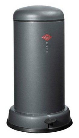 Ведро для мусора с педалью (20 л), 36.2х63.5 см, графитовый (117551)Мусорные ведра<br>Этот элегантный, вместительный мусорный контейнер отличается стильным исполнением, потрясающим удобством в использовании, надежностью и долговечностью. Контейнер прекрасно впишется в интерьер вашей кухни, санузла, балкона или террасы. Корпус и крышка контейнера изготовлены из высококачественной нержавеющей стали и покрыты стойкой лаковой краской. Педаль и устойчивое основание в виде декоративного кольца выполнены из прочного бытового пластика, а внутреннее мусорное ведро - из гальванизированной огнестойкой стали. Контейнер легко открывается при помощи педали, выполненной из прочного нескользящего пластика.<br><br>Серия: Baseboy