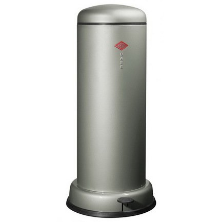Ведро для мусора с педалью (30 л), 36.2х80 см, металлик (117559)Мусорные ведра<br>Этот элегантный, вместительный мусорный контейнер отличается стильным исполнением, потрясающим удобством в использовании, надежностью и долговечностью. Контейнер прекрасно впишется в интерьер вашей кухни, санузла, балкона или террасы. Корпус и крышка контейнера изготовлены из высококачественной нержавеющей стали и покрыты стойкой лаковой краской. Педаль и устойчивое основание в виде декоративного кольца выполнены из прочного бытового пластика, а внутреннее мусорное ведро - из гальванизированной огнестойкой стали. Контейнер легко открывается при помощи педали, выполненной из прочного нескользящего пластика.<br><br>Серия: Baseboy