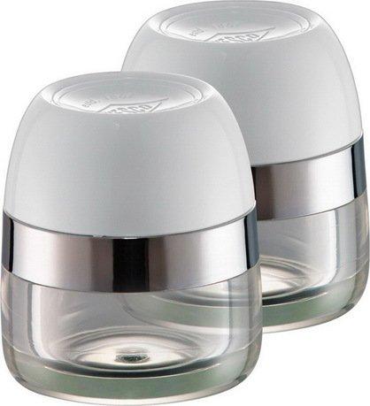 Баночки для хранения специй, 2 шт., 6х7 см, белые (322776-01)Банки для сыпучих<br>Набор емкостей с цветными крышками создан для хранения различных специй и трав. Баночки созданы по образу фирменных мельниц для специй от бренда Wesco и могут стать дополнительными контейнерами для хранения свежеизмельченных приправ. Баночки изготовлены из стекла, а крышки ярких расцветок - из пластика.<br>