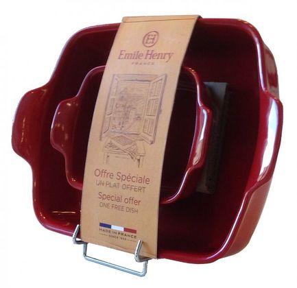 Набор из форм для запекания прямоугольных, гранат, 2 шт.Формы для запекания<br>Керамическое блюдо прямоугольной формы идеально подходит для приготовления небольших порций гарниров или десертов, которые запекаются в духовке. Оно может использоваться не только для самого запекания, блюдо отлично смотрится в сервировке любого стола. Эту посуду можно вынуть из духовки и сразу ставить на стол. Особенно это удобно для блюд, которые нужно есть горячими.<br><br>Серия: Natural Chic<br>Состав: Форма для запекания прямоугольная, 34 см, Форма для запекания прямоугольная, 14 см