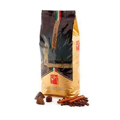 Кофе в зернах Флоренция, 1 кг, вакуумная упаковкаКофе<br>Вкус кофе Флоренция раскрывается постепенно: вначале в нем присутствуют мягкие медовые нотки, затем присоединяется мягкая карамель и шоколад, заключительным же аккордом становится богатое фруктовое послевкусие.   Состав: 80% арабика, 20% робуста  Способ приготовления: подходит для варки на всех типах кофе-машин, гейзерной кофеварки, френч-пресса.<br>