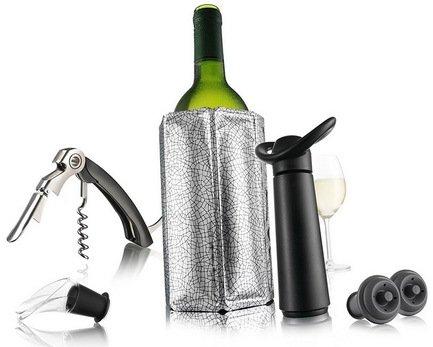Подарочный набор Giftset Wine Essentials, 6 пр.Барные аксессуары<br><br><br>Серия: VacuVin<br>Состав: Штопор Waiters Corkscrew - 1 шт., Охладительная рубашка для вина - 1 шт., Вакуумный насос WineSaver - 1 шт., Пробка - 2 шт., Каплеуловитель Wine Server Crystal - 1 шт.