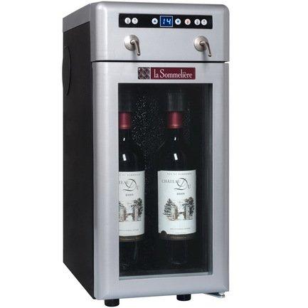 Диспенсер для вина Вино по бокалам на 2 бутылки, серебристыйДиспенсеры для вина<br>Основные характеристики  Корпус из нержавеющей стали  Дверца стеклянная в серебристой рамке  В комплекте 2 баллончика азота  Компрессорное охлаждение  Электронный термостат  Цифровой дисплей с отображением температуры  Подсветка  Вместимость бутылок: 2  Температурный режим: от 4 до 18 °С  Габариты: 235х350х400 мм  Вес: 18,6 кг<br>