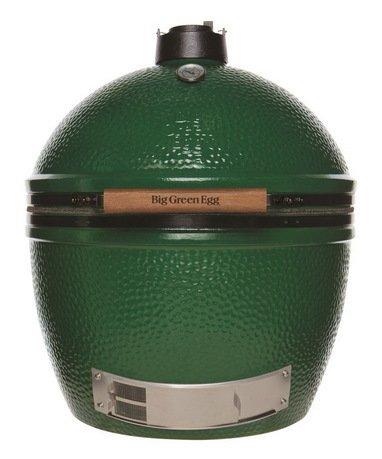 Керамический гриль Big Green Egg Extra Large 23, 60 см, зелёныйУгольные грили<br>Big Green Egg XL с решеткой диаметром 61 см – один из самых больших производимых сегодня керамических грилей. Возможность действительно комфортно и безопасно готовить на свежем воздухе – огромное удовольствие, которое наполняет жизнь новыми ощущениями. Внутри гриля XL достаточно места, чтобы приготовить одновременно 11 цыплят, или индейку весом до 9 кг, или 12 стейков, или 24 бургера, или… Большая семья, вечеринка друзей, импровизированный корпоратив – в компании из12 человек и более голодным не останется никто! Огромная топка, расположенная у основания гриля, может работать 24 часа подряд, благодаря чему появляется возможность готовить блюда, требующие долгой обработки на медленном огне. Воспользовавшись специальными решетками, противнями и стойками можно создавать «этажность» и располагать друг над другом или по соседству несколько готовящихся одновременно блюд.<br>