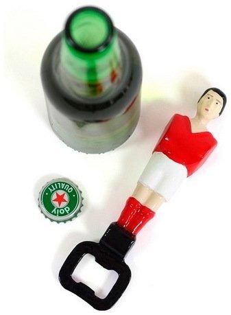 Открыватель для бутылок Football, 16.5 см, красныйОткрывалки и Штопоры<br><br><br>Серия: Football