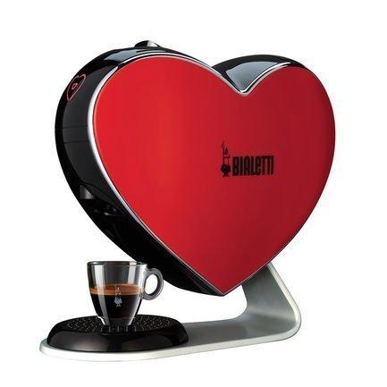 Капсульная Эспрессо машина Cuore espresso machine, краснаяКофемашины<br>Характеристики  Тип: эспрессо, полуавтоматическое приготовление  Используемый кофе: капсулы  Капсулы: Bialetti  Объем резервуара для воды: 0.5 л  Максимальное давление: 20 бар  Контроль крепости кофе, регулировка температуры кофе  Съемный лоток для сбора капель  Индикация включения  Размеры (Ш*В*Г): 42x37x21 см  Вес: 5.8 кг  Подсветка пульсирующая под биение сердца<br><br>Серия: Bialetti Cuore