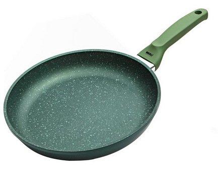 Сковорода Dr.Green Induction, 20 смСковороды<br>Отличная алюминиевая сковорода с высококачественным антипригарным покрытием станет незаменимой помощницей на вашей кухне. В ней отлично получаются вкусные и полезные блюда из мяса, рыбы, овощей: ведь для их приготовления требуется всего лишь капелька масла. Сковорода имеет удобную ручку, которая не нагревается и позволяет легко переместить даже полную сковороду.<br><br>Серия: Dr.Green Induction